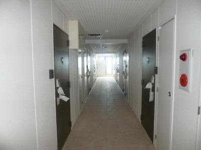 3階 廊下.jpg
